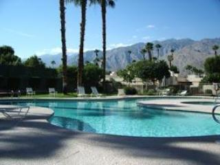 RELAX by the POOL - WALK EVERYWHERE-HUGE ROOMS-Poolside-  Tennis - Palm Springs - rentals