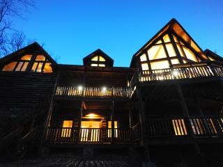 Luxury Mountain Lodge with Soaring Views-5,000SqFt - Blue Ridge vacation rentals