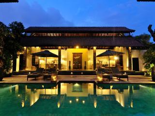 Villa De Suma - Luxury 4 bedrooms Seminyak Villa - Seminyak vacation rentals