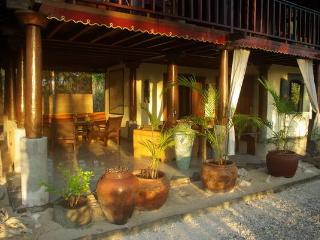 Cozy House with Garden and Books - Gili Meno vacation rentals