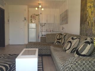 Central Boutique - Prime Location - Tel Aviv - Tel Aviv vacation rentals