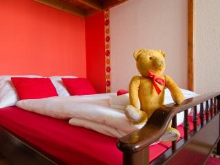Green Dream Palatinus Apartment - Margaret bridge - Budapest vacation rentals
