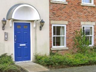 SEABREAK, ground floor apartment, on-site facilities, inc. swimming, fishing, tennis near Filey, Ref 22153 - Filey vacation rentals