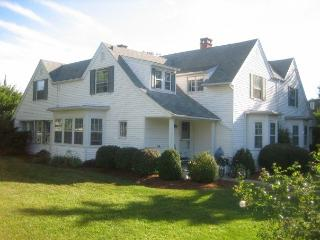 98 Irving Ave - Hyannis Port vacation rentals