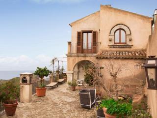 Villa Constanzia, stunning terrace, fabulous view - Taormina vacation rentals