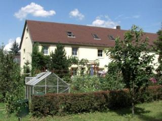 Vacation Apartment in Kodersdorf - surrounded by nature, quiet, central (# 3534) - Kodersdorf vacation rentals