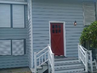 Hidden Cottage, Close to Everything in Galveston - Galveston vacation rentals