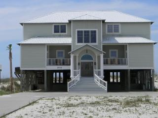 """Crews Quarters"" Luxury Gulf Front Home w/pvt pool - Gulf Shores vacation rentals"