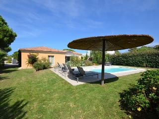 Lovely 3 bedroom House in Calvi with Private Outdoor Pool - Calvi vacation rentals