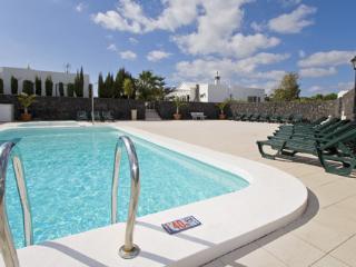 Nice 2 bedroom Condo in Puerto Del Carmen - Puerto Del Carmen vacation rentals