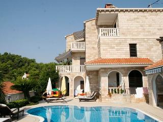 Villa with a pool for rent, Sumartin, Brac - Croatia vacation rentals