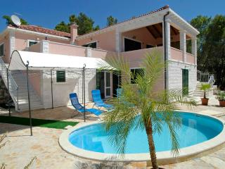 Seafront villa for rent, Korcula island - Vela Luka vacation rentals