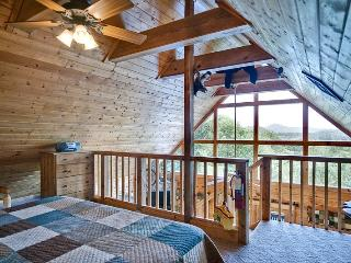 BEAR PAUSE - Sevier County vacation rentals