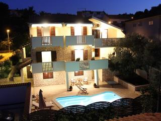 Holiday villa with a pool, Supetar, Brac - Skrip vacation rentals