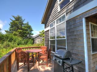Dog-friendly beach house on nature preserve! Includes private hot tub, game room - Rockaway Beach vacation rentals