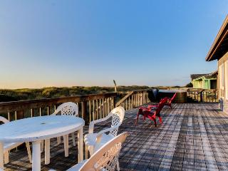 Lovely waterfront home w/pathway to private beach + private hot tub, shared pool - Waldport vacation rentals