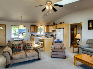 Oceanside dog-friendly home with views, a shared pool, one block to the beach! - Waldport vacation rentals