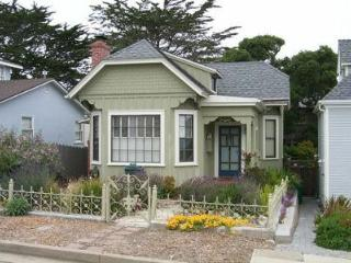 Pacific Grove, Victorian Home, 30 DAY RENTAL - Pacific Grove vacation rentals