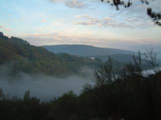 3 bedroom B&B with Deck in Aveyron - Aveyron vacation rentals