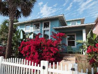 4 bedroom 4.5 bath home in Fabulous gated Village Walk! - Port Aransas vacation rentals
