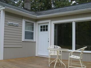 3 bedroom Cottage with Deck in Leland - Leland vacation rentals