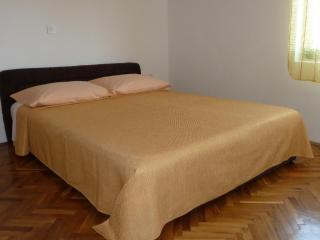 Apartment Tomic  A3 - sea view (2+3) - Mastrinka - Ciovo vacation rentals