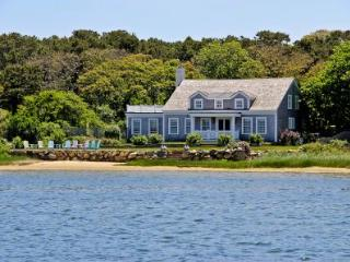 CLASSIC WATERFRONT CAPE ON SENGEKONTACKET POND WITH PRIVATE BEACH - EDG BPUR-09 - Edgartown vacation rentals