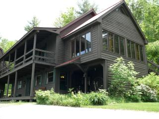 Rustic Elegance Log Home - Littleton - Littleton vacation rentals