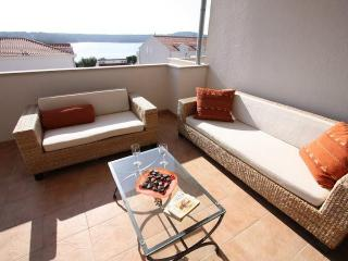 Gorgeous Condo in Bobovisca na Moru with A/C, sleeps 4 - Bobovisca na Moru vacation rentals