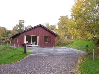 Four Star Lodge No 2 Drumnadrochit & Loch Ness. - Loch Ness vacation rentals