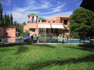 Villa situé à 10 km de marrakech ferme de 15000 m2 - Marrakech vacation rentals