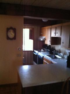 Cozy 2 bedroom Quechee Apartment with Deck - Quechee vacation rentals