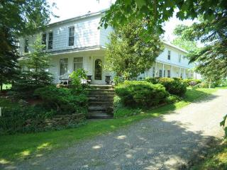 Angel Hill House Weekly Rental - Burlington Flats vacation rentals