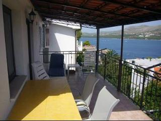 6140 A1(4) - Okrug Donji - Okrug Donji vacation rentals