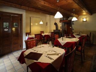 Locanda degli elfi albergo diffuso - Monterosso Grana vacation rentals