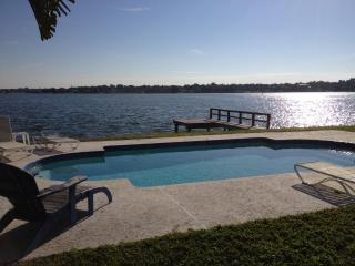 Charming WATERFRONT HOUSE + PRIVATE POOL nr Beach - Indian Rocks Beach vacation rentals
