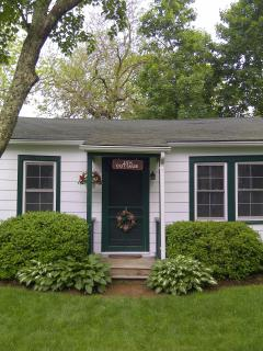 Cozy Cottage with Internet Access and A/C - Southold vacation rentals
