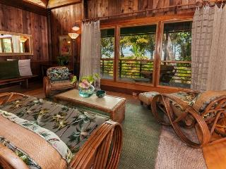 Offering 10% off March dates!! Private Beachfront Cottage for Two - Kilauea vacation rentals