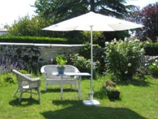 Adorable B&B with Internet Access and Garden - Mornac sur Seudre vacation rentals