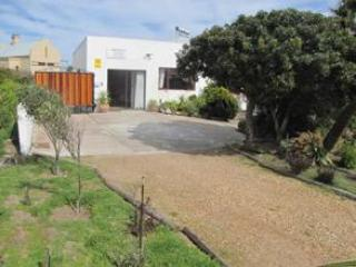 Spear Chukka Kalahari self catering cottage - Image 1 - Cape Town - rentals