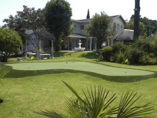 Golfer's Lodge - Roodepoort vacation rentals