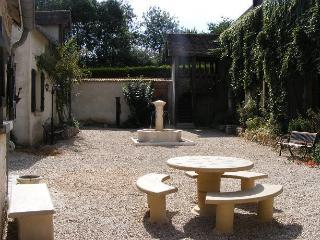 GITE DE BLEURY - Chemille Sur Indrois vacation rentals