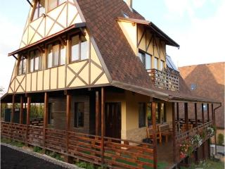 Villa Vals - Northwest Romania vacation rentals