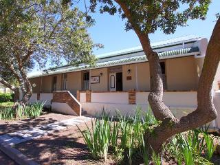 Bright 3 bedroom Vacation Rental in Darling - Darling vacation rentals