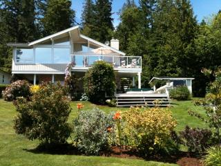 Beautiful Oceanfront Home with Spectacular View! - Vancouver Island vacation rentals