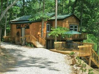 Bear Lair @ Bear Track Lake  near Red River Gorge - Beattyville vacation rentals