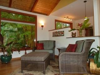 Romantic Luxury Cottage in a Paradise of Flowers - Pahala vacation rentals