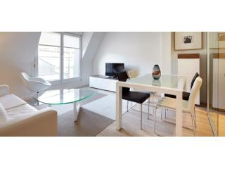 Easo Suite 5 | <p><span style=