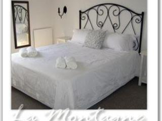Upstairs Bedroom - La Montagne B&B - Riebeek Kasteel - rentals