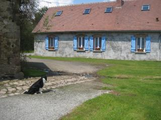 Comfortable 2 bedroom Bed and Breakfast in Verneix with Internet Access - Verneix vacation rentals